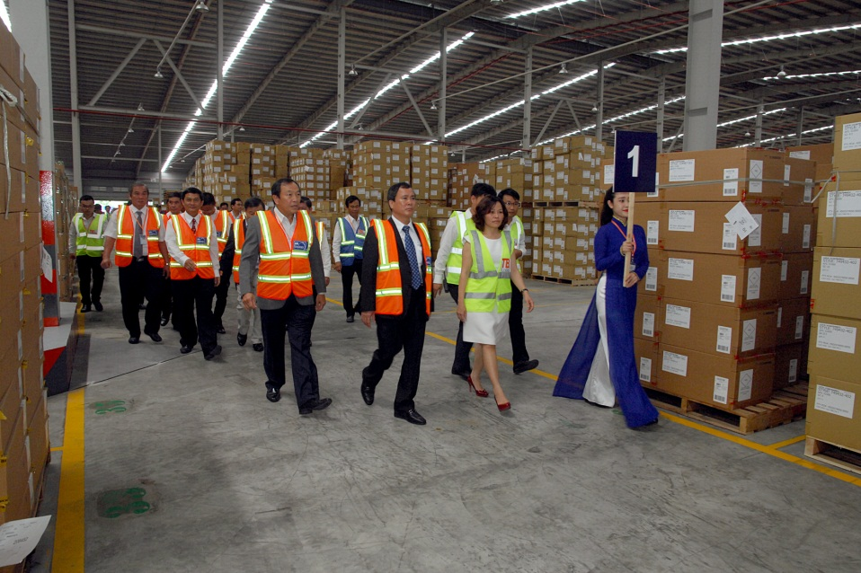 TBS LOGISTICS CELEBRATED ITS NEW FACILITY, THE LARGEST SINGLE-ROOF WAREHOUSE IN SOUTH EAST ASIA OF APL LOGISTICS' NETWORK, WITH GRAND OPENING CEREMONY